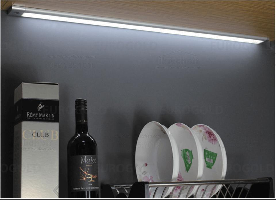 Đèn led tủ Eurogold EUD3590
